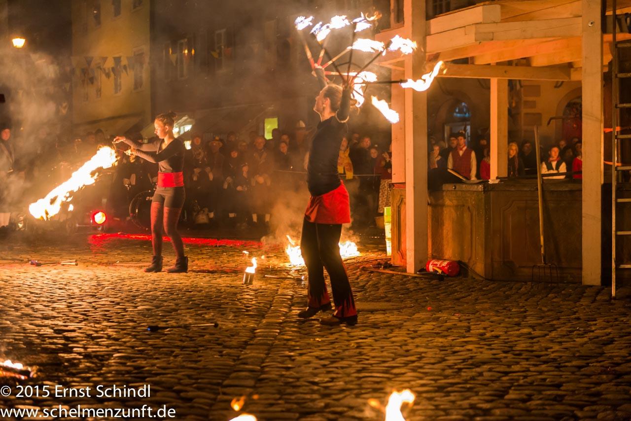 Fasnet-Staufen_2015_Schindl_Verbrennung-22.jpg