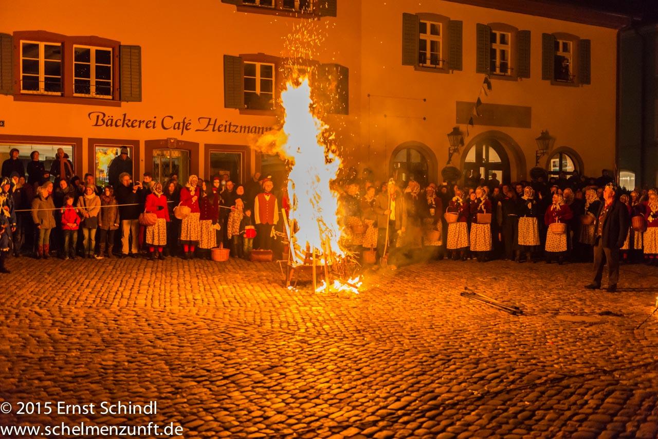 Fasnet-Staufen_2015_Schindl_Verbrennung-9.jpg